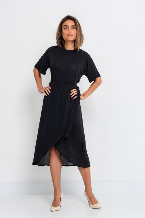 T-shirt Mica Em Tricot Leve Com Mangas Curtas Com Cavas Avançadas e Efeito Nas Barras