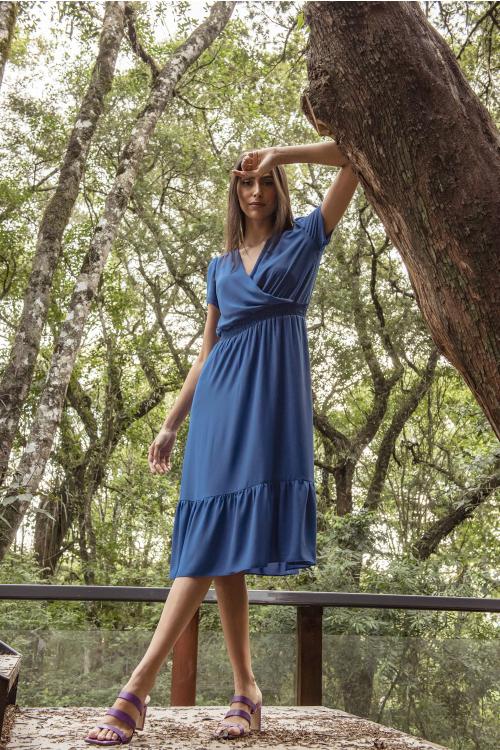 Vestido Karine Midi Em Crepe Com Decote Transpassado